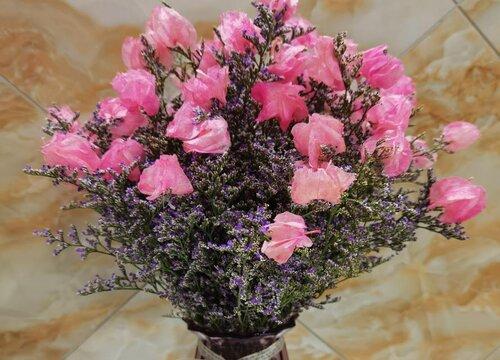 情人草怎么做干花保持颜色 做成干花花束的方法